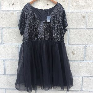 NWT Torrid 28 black sequin party dress
